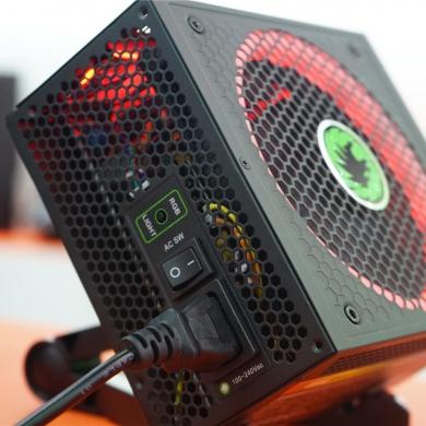 GAMEMAX将电源玩得极致:RGB电源很出彩!